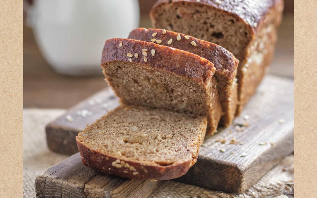 Pan de avena casero con leche y mantequilla Únicla